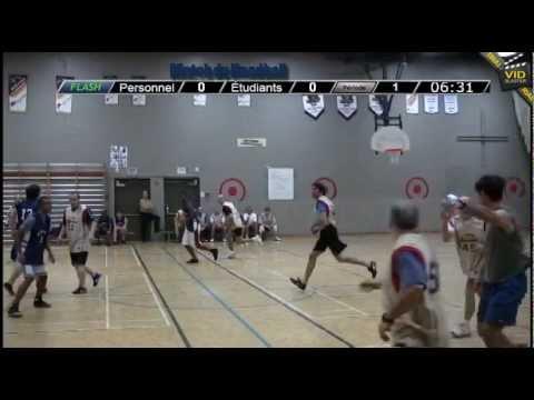 Match de Handball entre le personnel et les étudiants