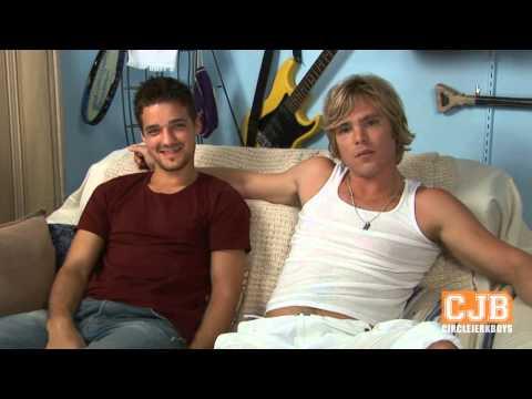 Adventureland (3/12) Movie CLIP - Boner! (2009) HDKaynak: YouTube · Süre: 2 dakika29 saniye