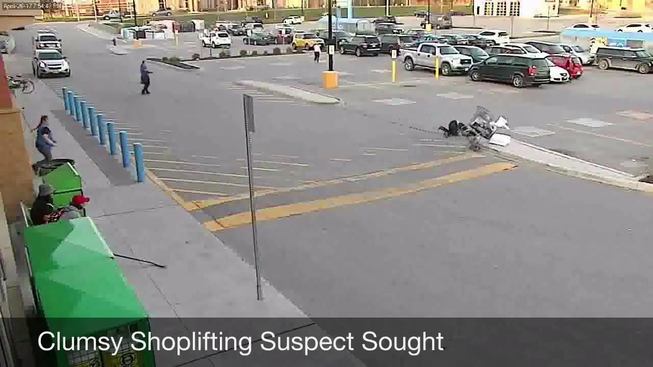 Mujer que roba en walmart se caé. - YouTube