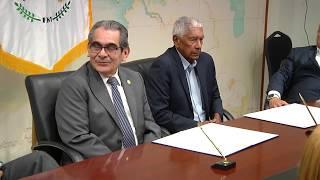Convenio entre UTP y la Sociedad Es Flor de Mayo Investment S.A.
