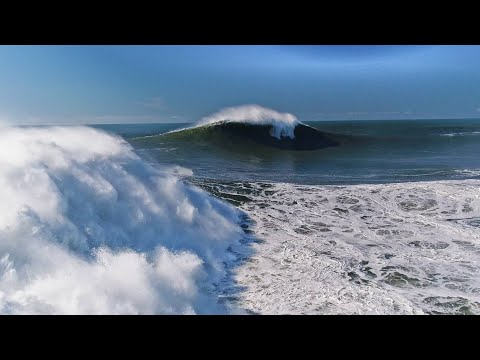 This Jet Ski Was Eerily Close to Flying Over the Falls and Onto Ross Clarke Jones at Nazaré