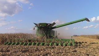 2017 Corn Harvest John Deere Combine Extravaganza