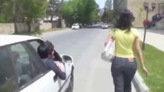 В Азербайджане к девушке не пристанешь )