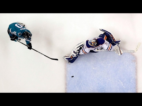Sharks annihilate Oilers to even series up