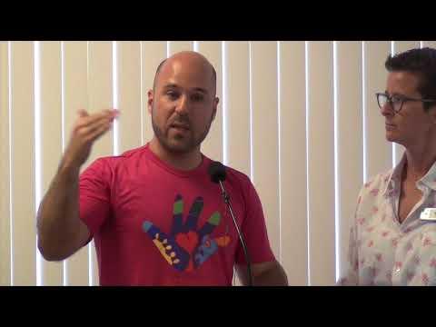 Conscious Living - Q&A with Andrei Moreira