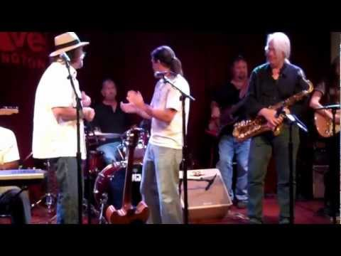 "Joel ""Shinebox"" Schecter,  sings the blues w/ Frank McKitty on sax"
