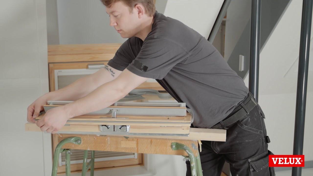 replacement of sash gasket 1 on velux roof window ggl. Black Bedroom Furniture Sets. Home Design Ideas
