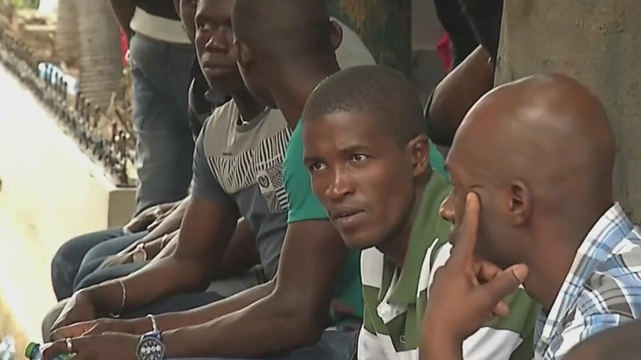 Inmigrantes haitianos esperan detener deportación en Republica Dominicana