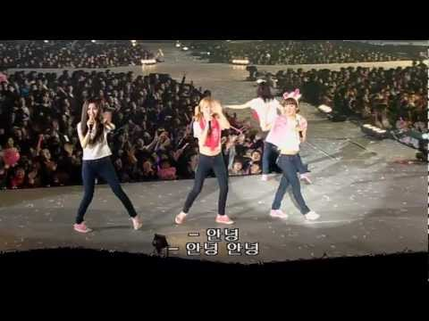 SNSD/GIRLS' GENERATION The 1st Asia Tour Into The New World P2