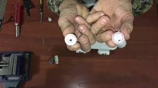 видео Сиденье для унитаза с микролифтом ( медленно опускающаяся крышка ).