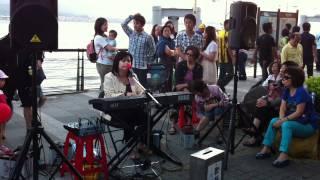 淡水街頭藝人 - 張玉霞 ~ 阿母的手