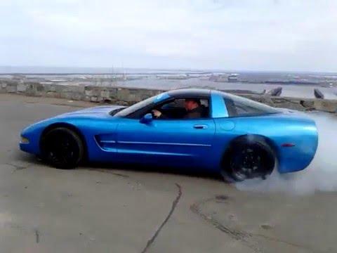 beating on my 2004 chevy corvette