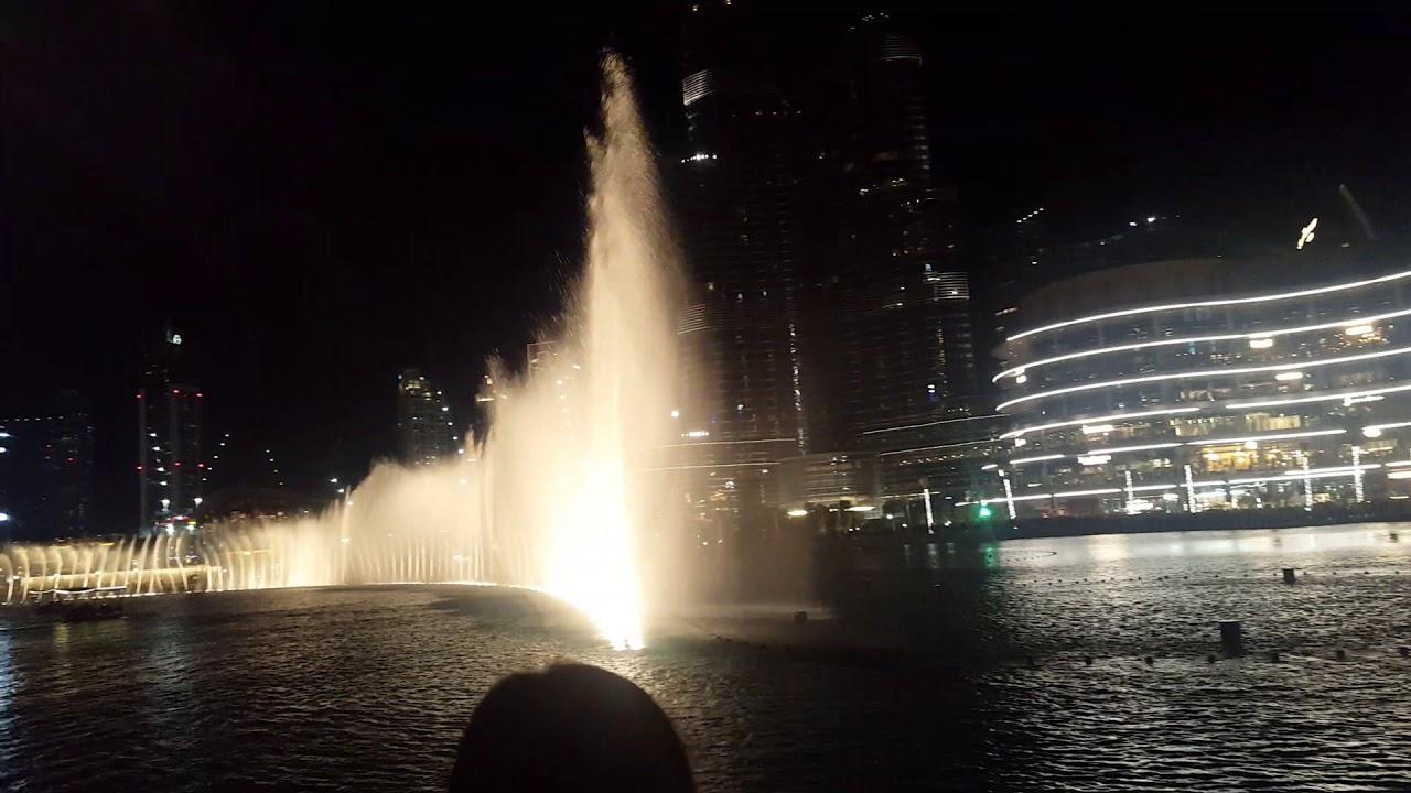 Dubai Fountains #dubaitrip #dubaimall #dubaifountains