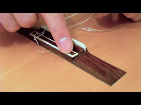 how-to-restring-a-classical-guitar:-tutorial