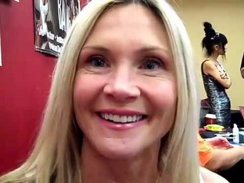 Amy Locane   at  the NJ Horror con Festival 2018