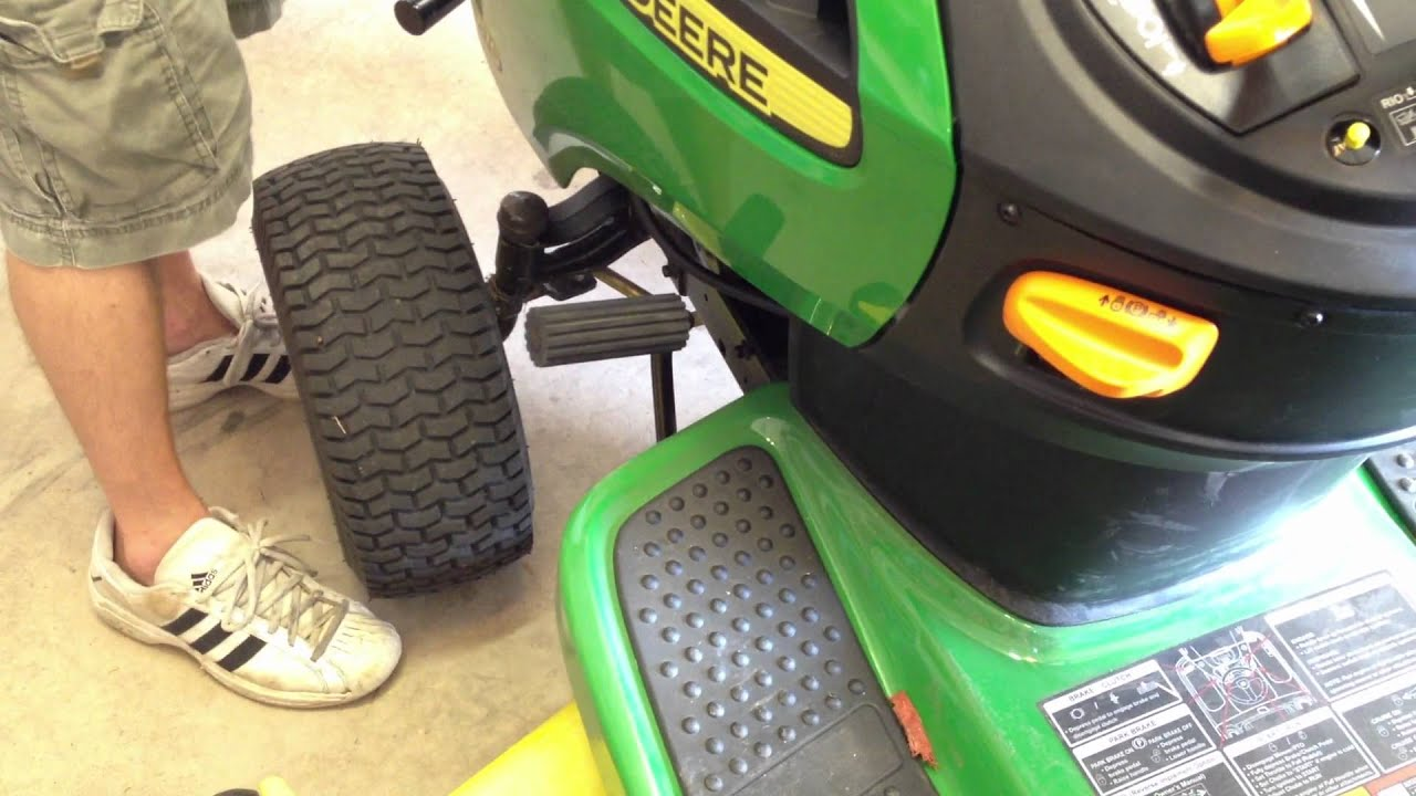 "John Deere D170 54"" Lawn Tractor Review"