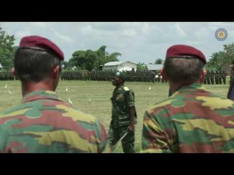 Minister De Crem brengt bezoek aan Congo