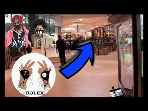 I SAW AYO & TEO IN THE MALL AT FOOTLOCKER CASHING OUT!!
