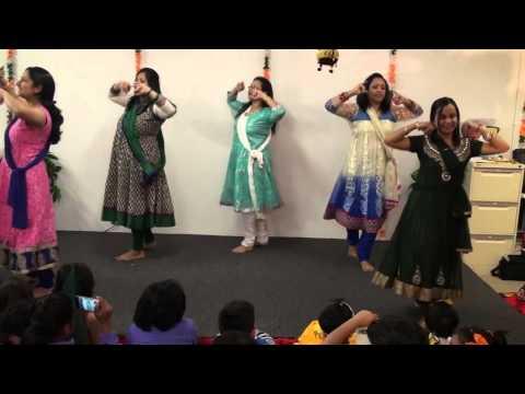 Maiya Yashoda dance performance by mums