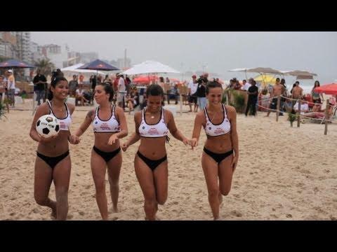 Brazilian beach competition - Red Bull Roda de Bola