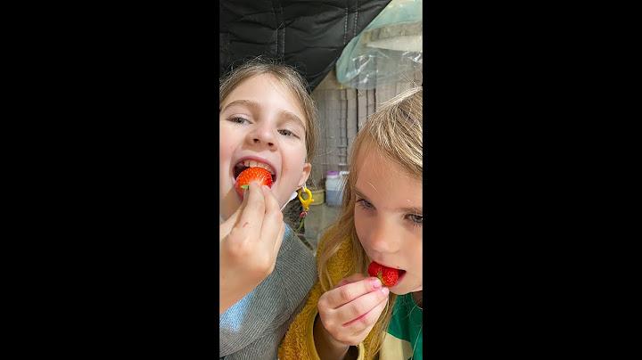 미국 어린이들의 #딸기따기 및 한국 전통문화 체험! 🇺🇸 Kids Enjoy Strawberry Picking & Korean Traditional Culture! #Shorts