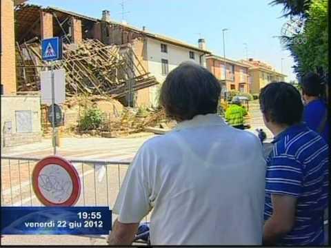Novate milanese, crollo di una villetta. Il Servizio di Marco Bergamaschi