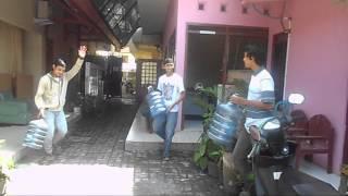 Video Parody Mizone - Politeknik Negeri Semarang LT-A download MP3, 3GP, MP4, WEBM, AVI, FLV Januari 2018