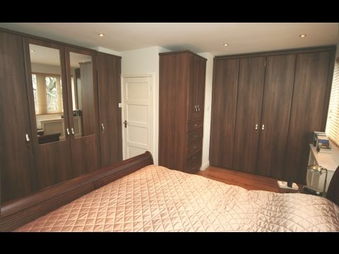 7 lates bedroom cupboard design new master bedroom for Latest cupboard designs