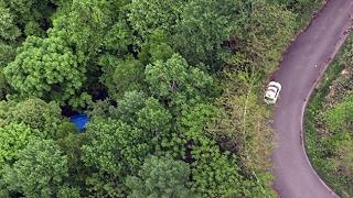砂川の山林で土中から遺体 窃盗容疑の男「埋めた」供述通り 道警、遺棄で捜査 (2017/05/28)北海道新聞