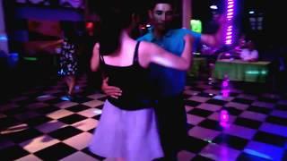 Bài Tango Cho Riêng Em - Quê Hương