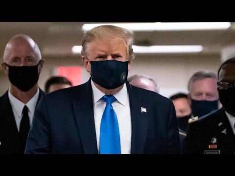 Covid-19 : Donald Trump porte un masque en public pour la pr