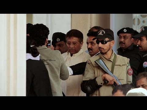 Musharraf allowed to leave court despite arrest order