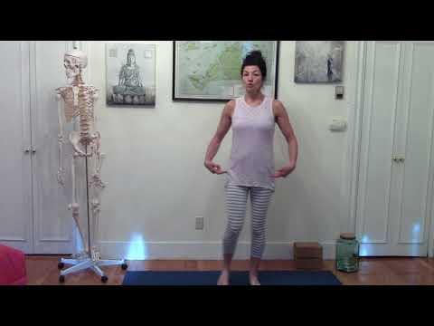 how-to-do-yoga:-the-bare-bones-yoga-learn-yoga-challenge-video-5