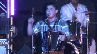 Alfredo Olivas   Villana De Cuento En Vivo LAs Pulgas