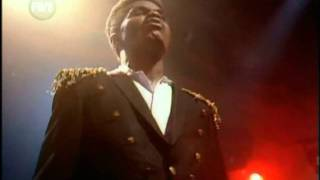 Download Colonel Abrams - Trapped @ TOTP 25-12-1985 MP3 song and Music Video