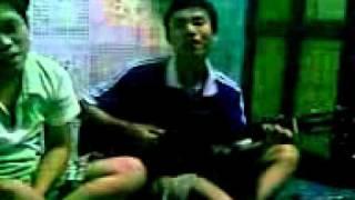 Ký ức thời Sinh viên - anh em  ở 44 Duy Tân đang nhậu 02- ĐH kinh tế Huế