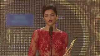 Deepika Padukone - Winner entertainer of the year 2014