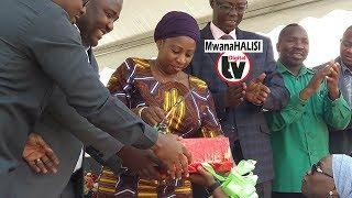 Alichozungumza Waziri Ummy Mwalimu kuhusu huduma za afya kwa wazee