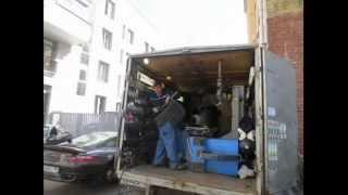 Мобильный шиномонтаж(Команда мобильного шиномонтажа меняет шины на порш911 прямо во дворе центра Москвы!, 2014-02-19T12:34:25.000Z)