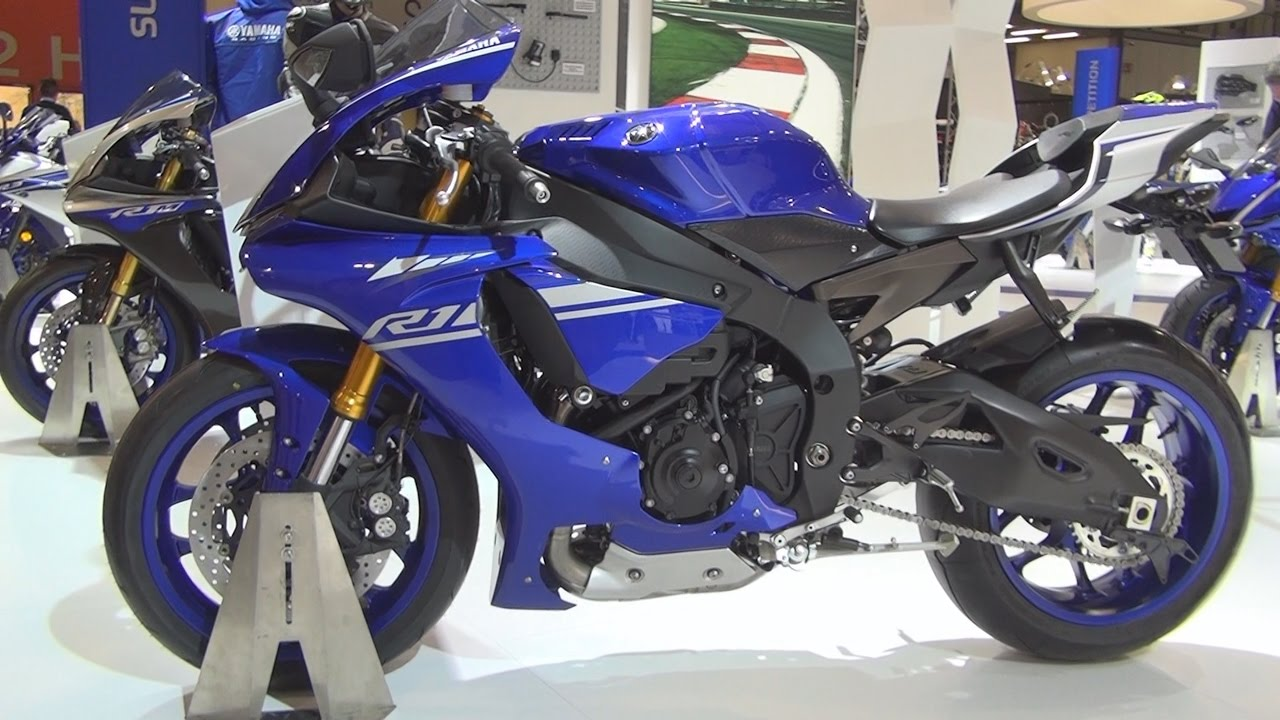 yamaha yzf r1 2017 exterior and interior in 3d youtube. Black Bedroom Furniture Sets. Home Design Ideas