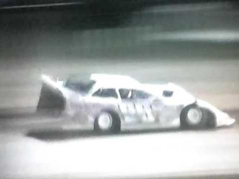 Bedford Speedway 8-12-16 SLM A-Main