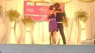 Repeat youtube video Most Romantic dance performance...best chemistry ever...Awesome Couple Dance