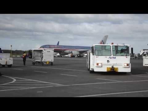 *Немного из жизни аэропорта Пунта - Кана *Доминикана* 25.01.2014