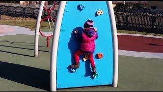 Outdoor Playground For Children, Plac Zabaw Dla Dzieci Katowice Zarzecze, Spielplatz Für Kinder