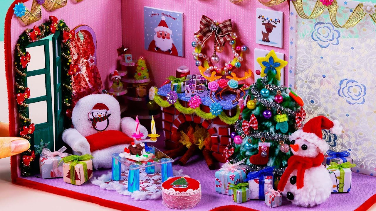 Here Comes Santa Claus Miniature Dollhouse Doll House Christmas Picture