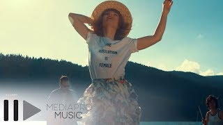Alexandra Ungureanu &amp The dAdA - In lumea noastra (Official Video)