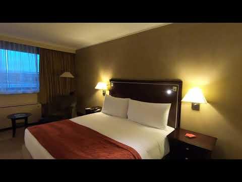 Hotel Room Review (HD) - Southern Sun O.R.  Tambo Intern. Airport, Johannesburg