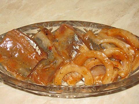 Маринованная домашняя селедка по-корейски с томатом