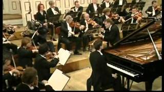 W. A. Mozart Piano Concerto no. 23 KV 488 A-major Till Fellner Salzburg