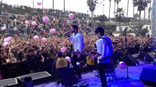 Download lagu Capital Cities Safe and Sound LIVE Sandy Parts Festival Oceanside 6 8 13 MP3